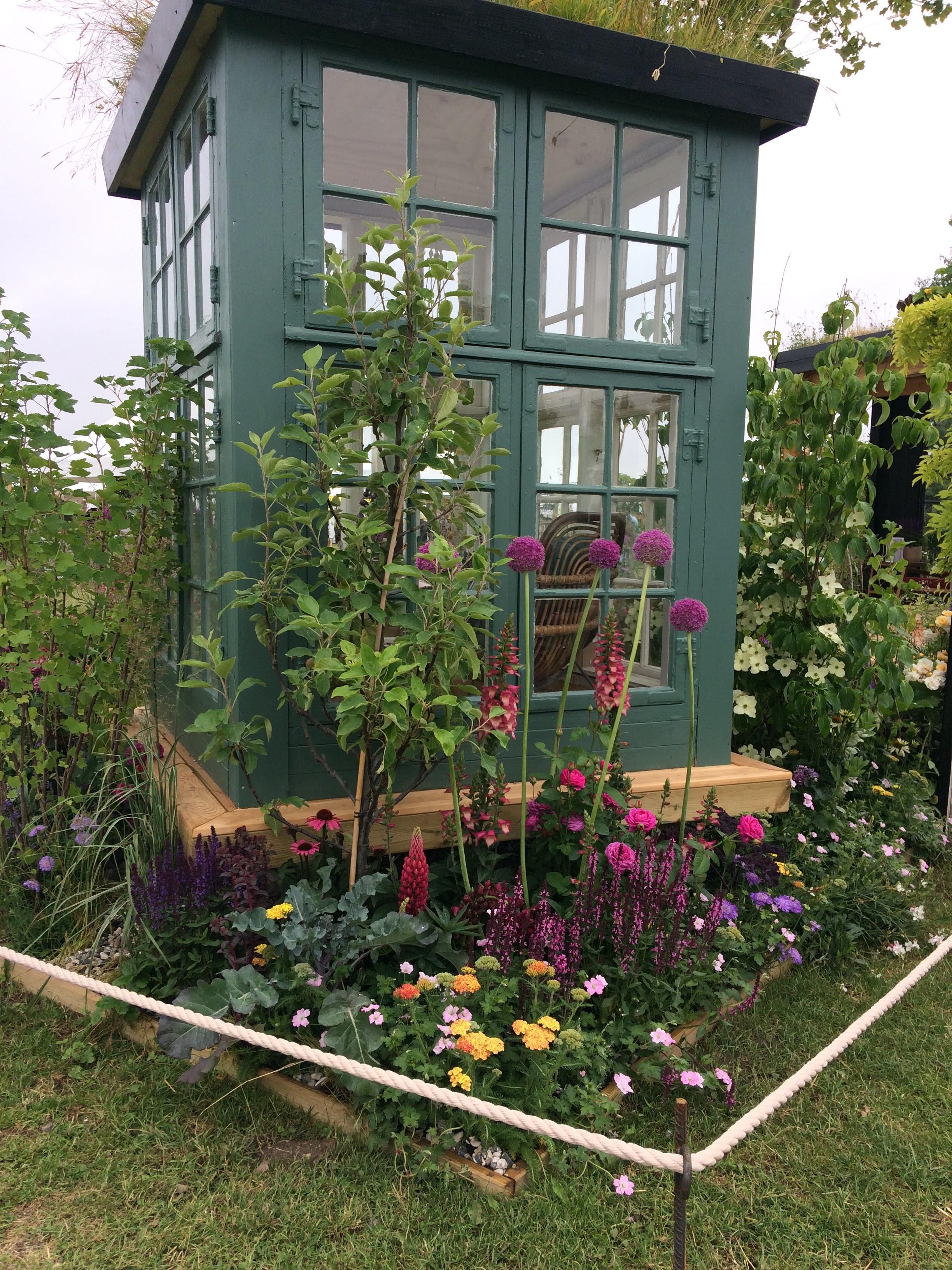 dorthe kvist lille havehus En vild og vidunderlig urban oase